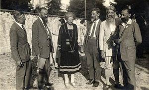 Com Decroly Bovet Claparède Geheeb e Beatrice Ensor
