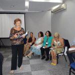 Adela Figueroa recitando no Brasil
