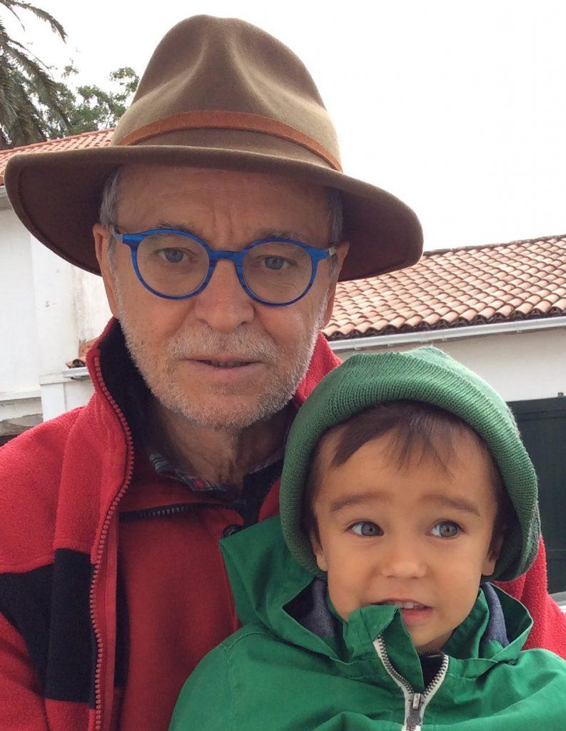Joám com o neto Tomé