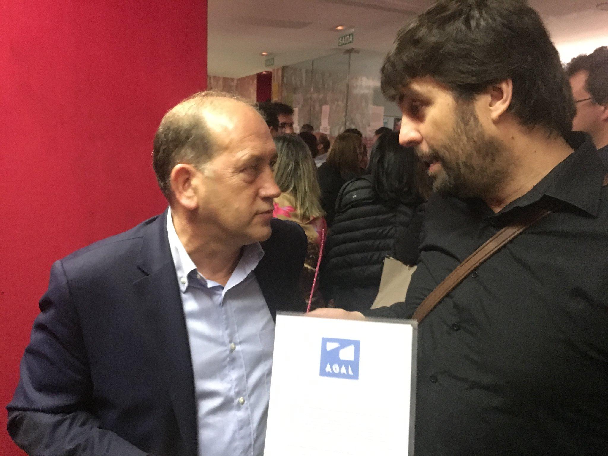 Eduardo Maragoto com o candidato polo PSOE, Xoaquín Fernández Leiceaga