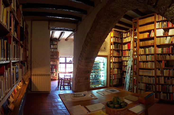 Biblioteca da sua casa de Saifores
