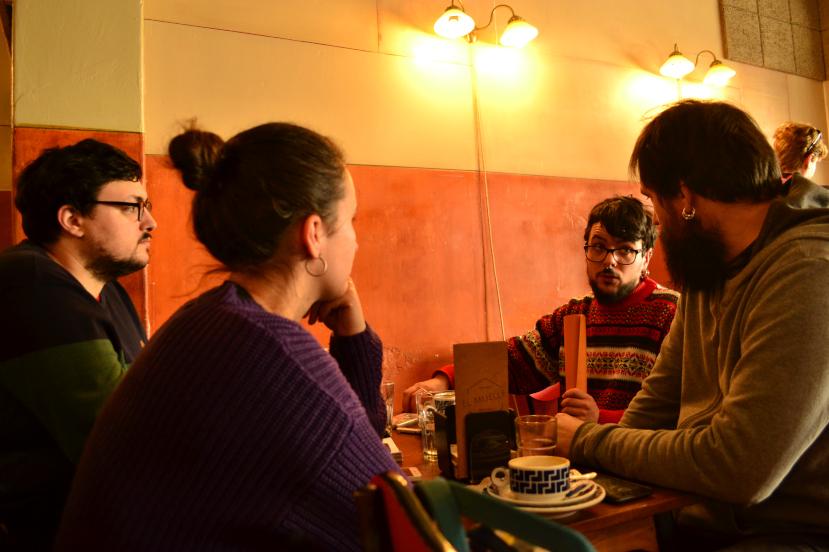 Matias Mourinho (Através Editora), Andrea Jamardo (presidenta de Compostela Literaria), Quico Valeiras (Chan da Pólvora) e David Cortizo Conde (Urco Editora)