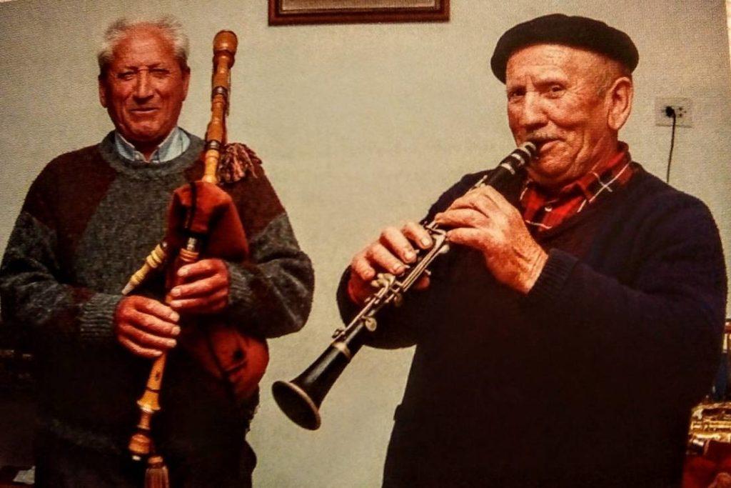 Manuel Viqueira (gaita) e Andrés das Corredoiras (clarinete)